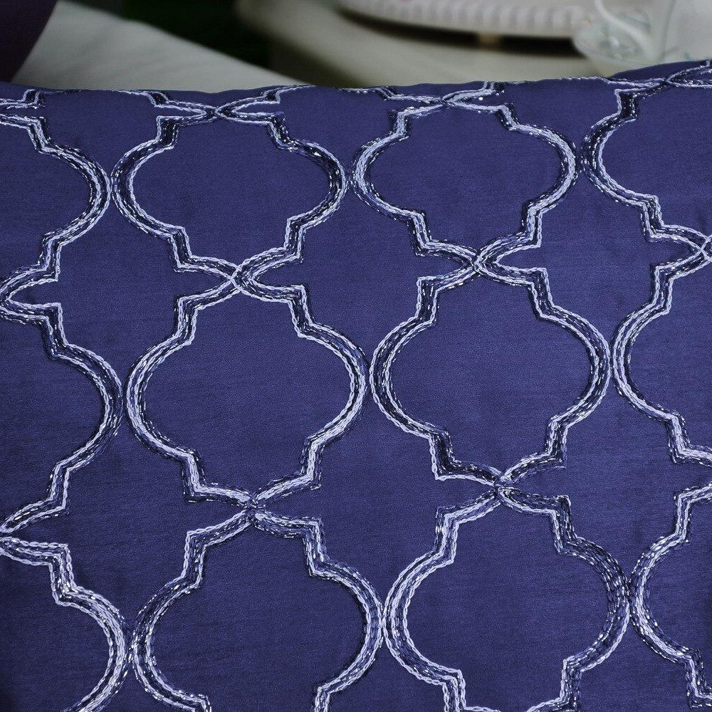 2PCS Faux <font><b>Throw</b></font> <font><b>Pillow</b></font> Covers Cases for Home Gradient Quatrefoil Geometric Chain