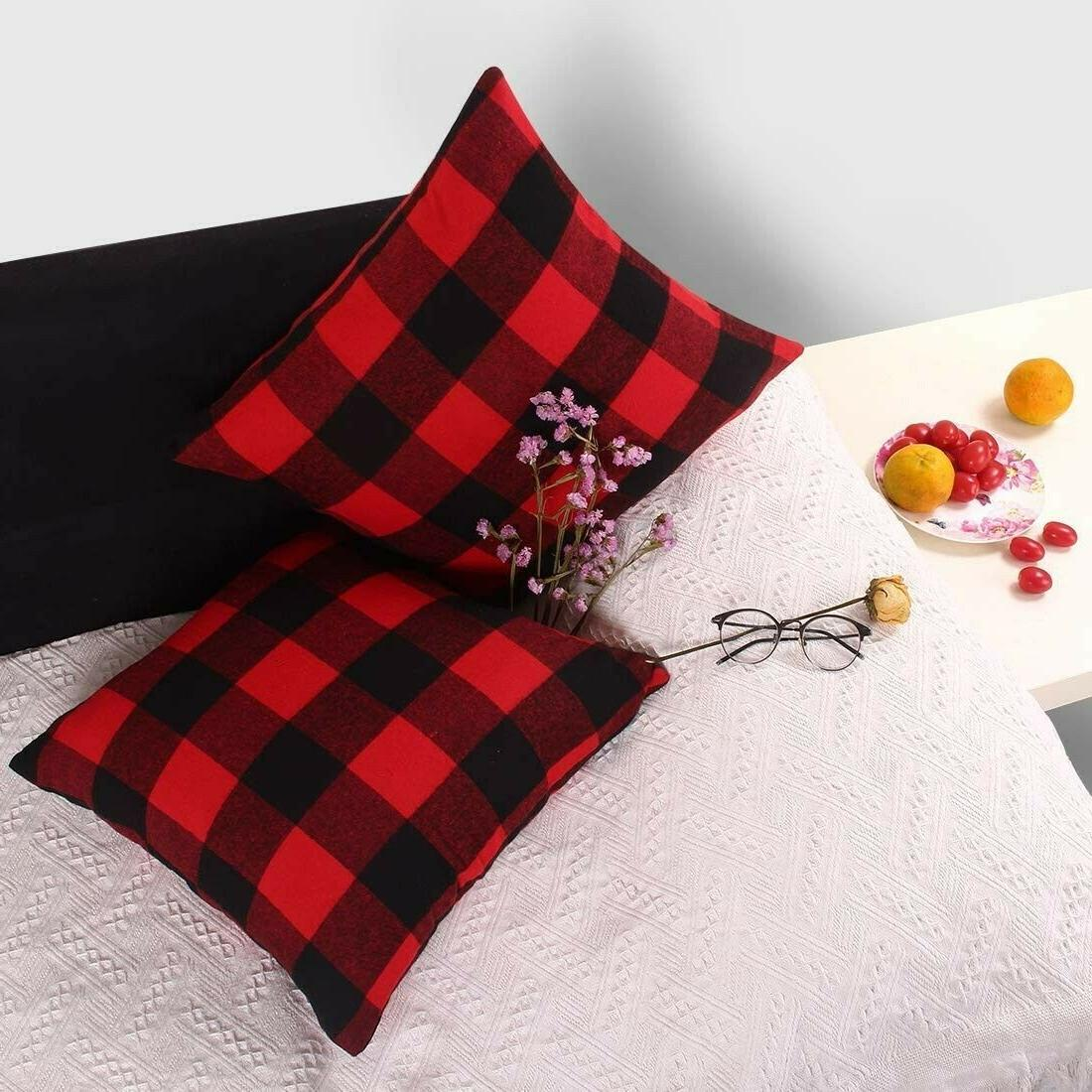 2 Throw Pillow Red Black Christmas Decor Cushion Case