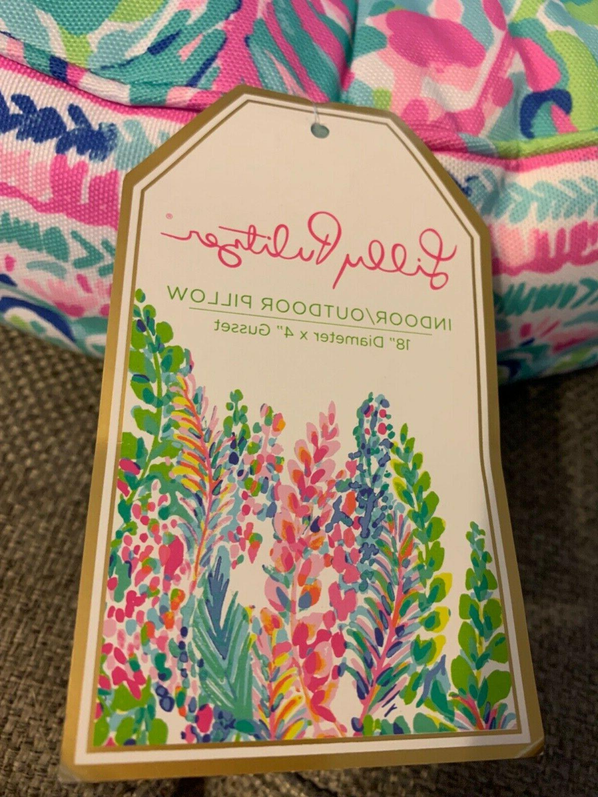 NWT LILLY Catch The Wave Toss Throw Green
