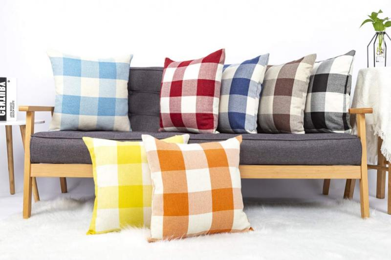 4TH 2 Plaid Cushion