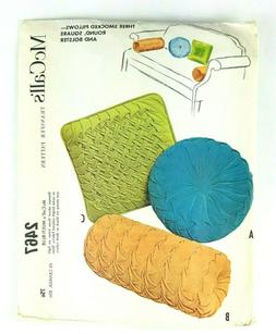 McCall's 2467 Retro Throw Smocked Pillows Transfer Sewing Pa